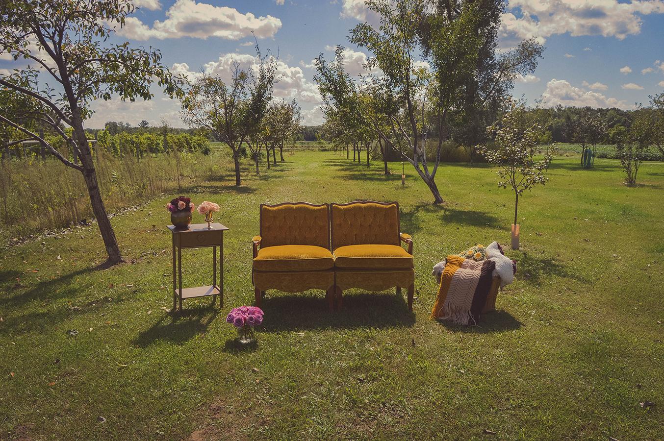 fall glam vineyard wedding