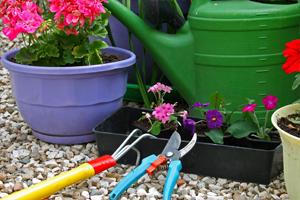 gardening-tools-200-300