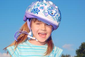 girl-bicycle-helmet-200-300