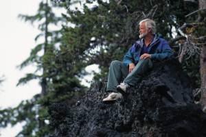hiker-at-rest-200-300