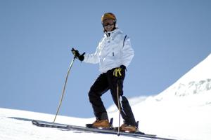 skiing-200-300