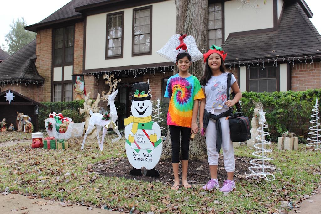 Elf Helpers Ayssa and Rianna