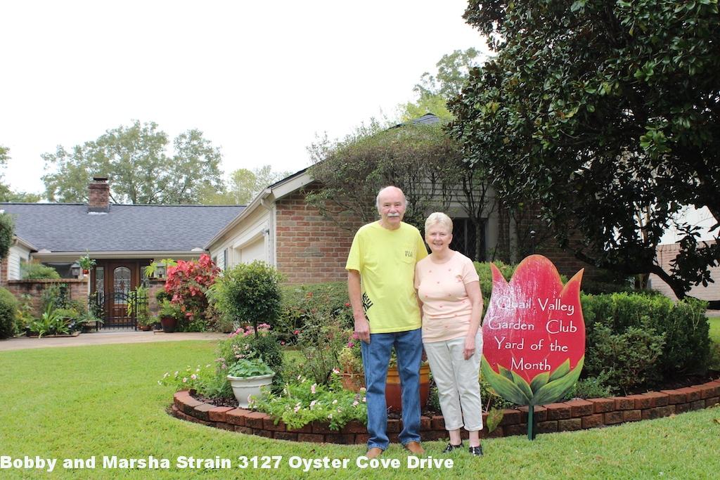Bobby and Marsha Strain 3127 Oyster Cove Drive.jpg