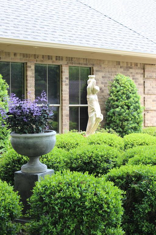 Garden of Bonnie and John Fox