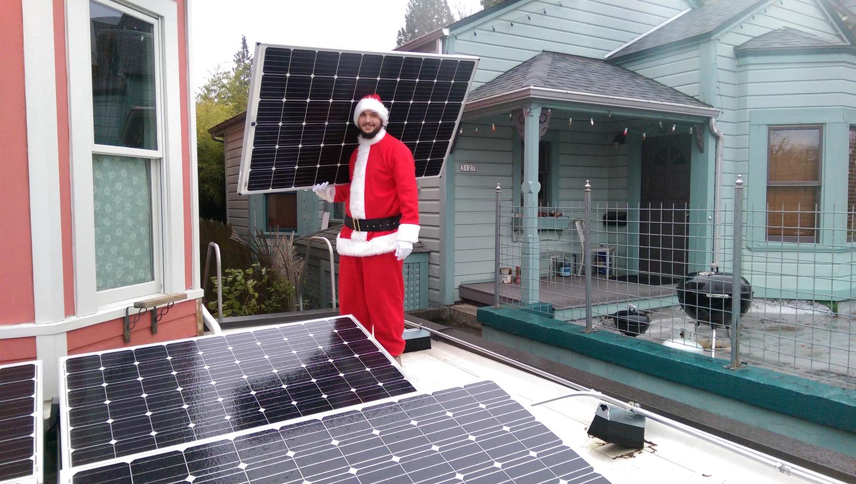 Elemental Energy - Solar Santa - Portland, Oregon