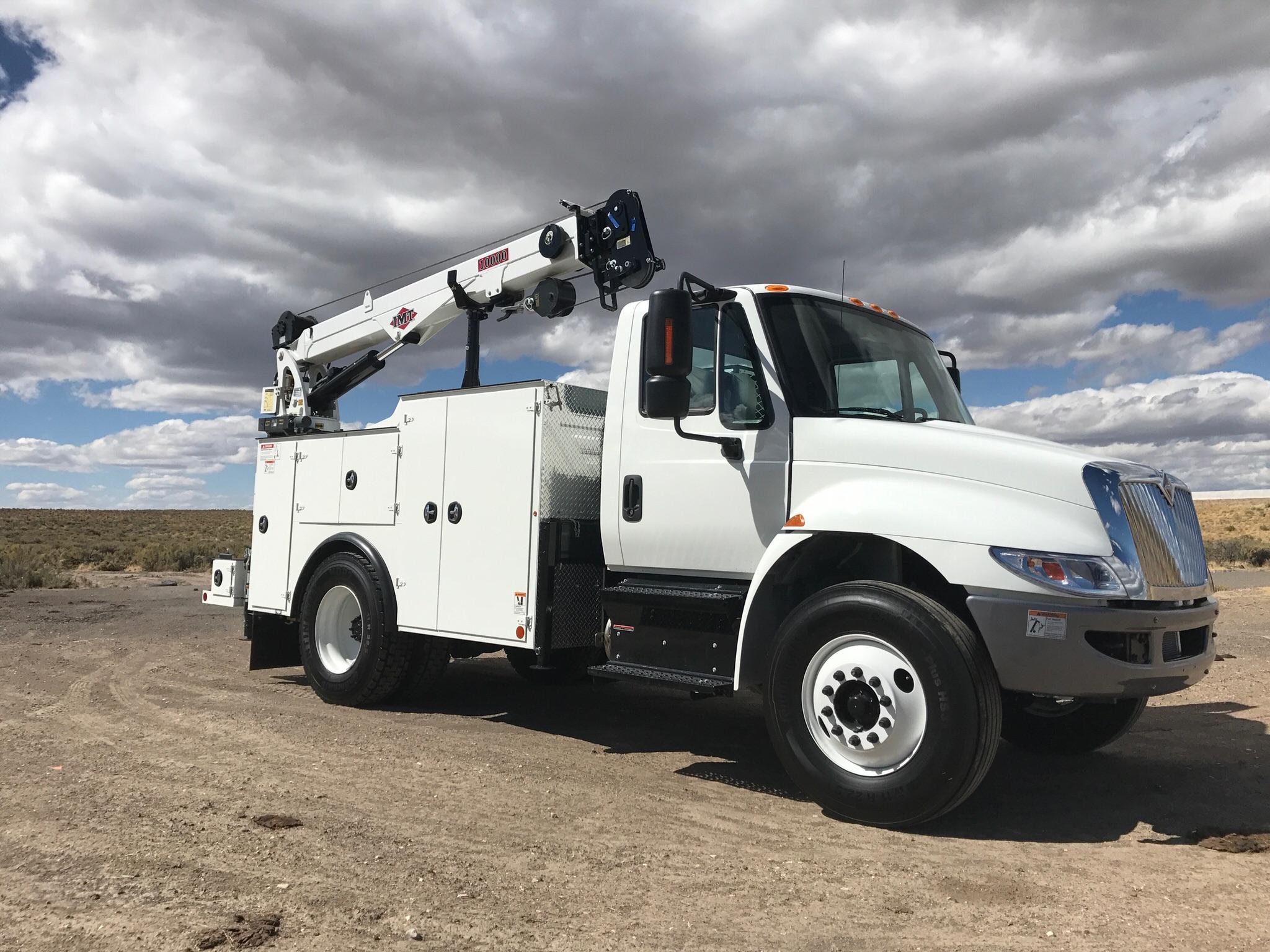2018 International IMT DOM II body 10,000 lb crans CAS40 Compressor.jpg