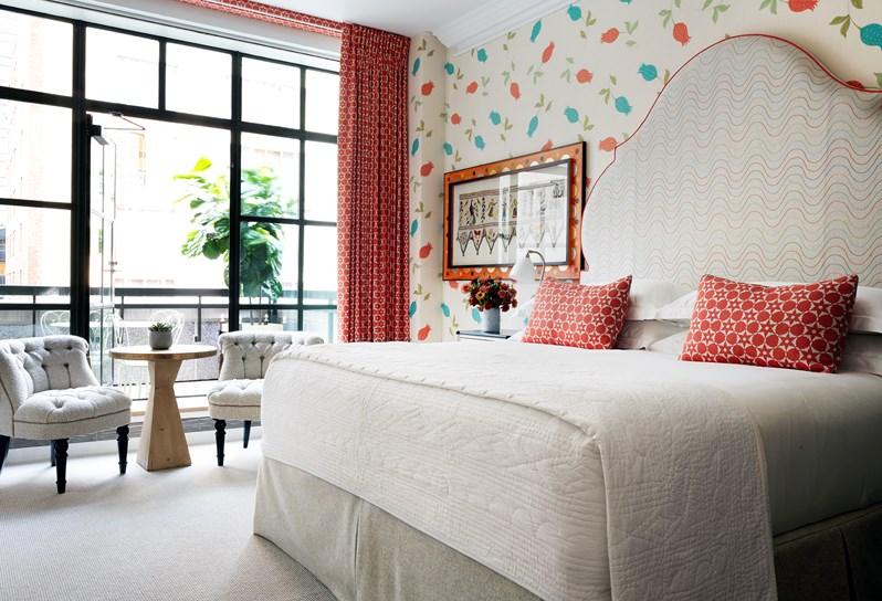 Corner_Terrace_Suite.jpg