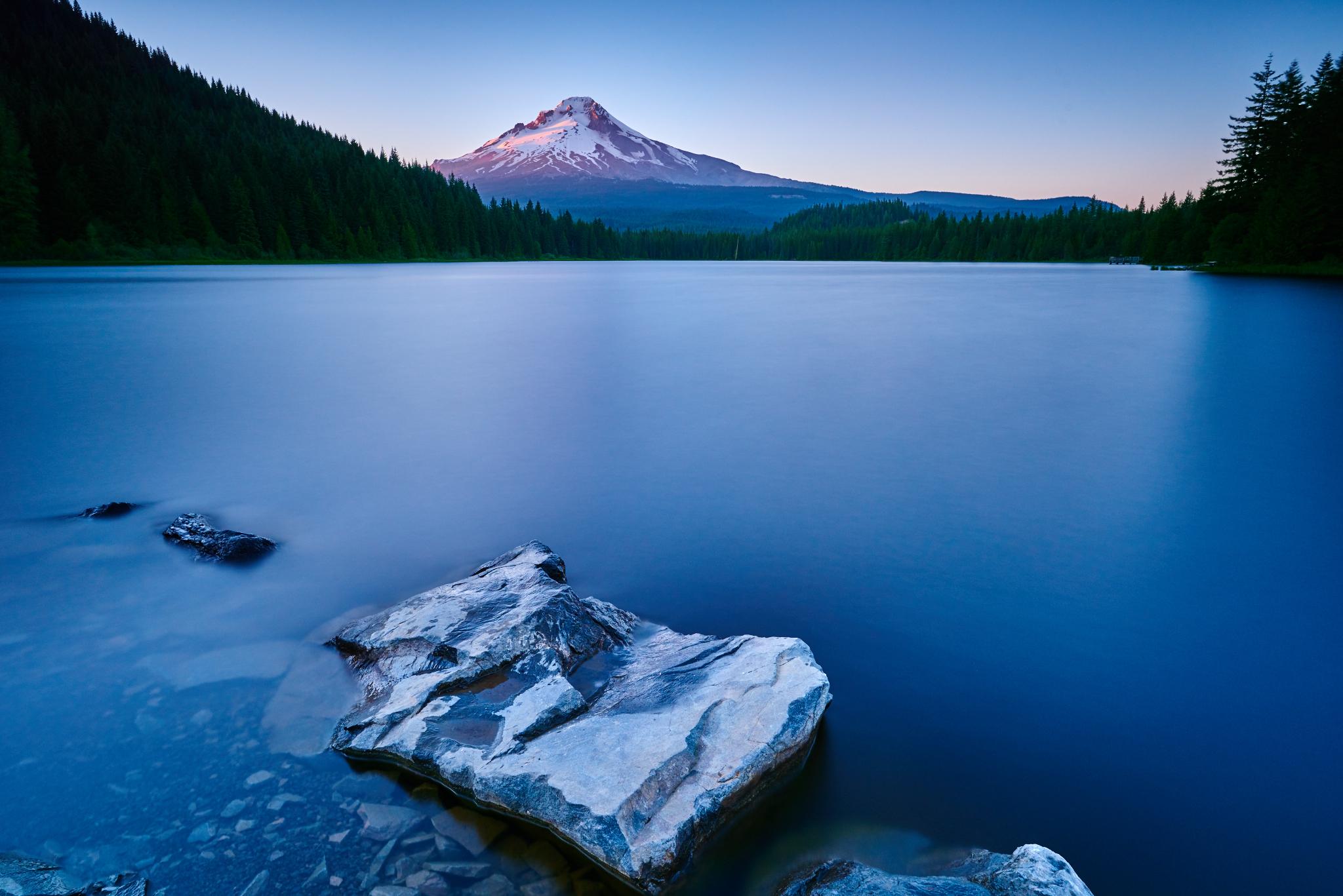 Trillium Lake 1.jpg