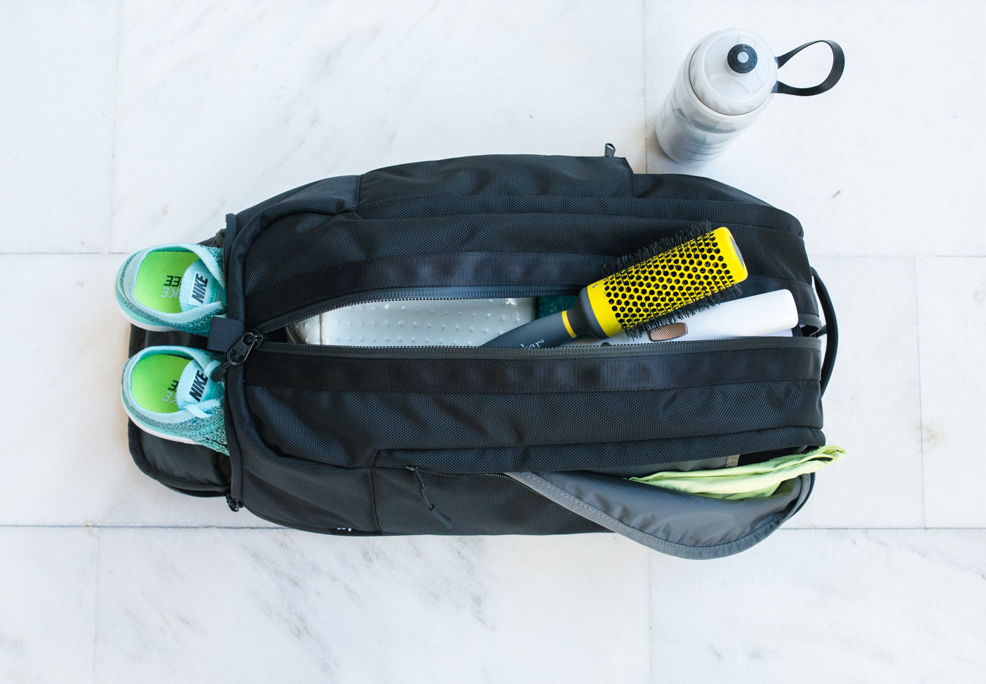 What's in my gym bag? | via The Chic Diary