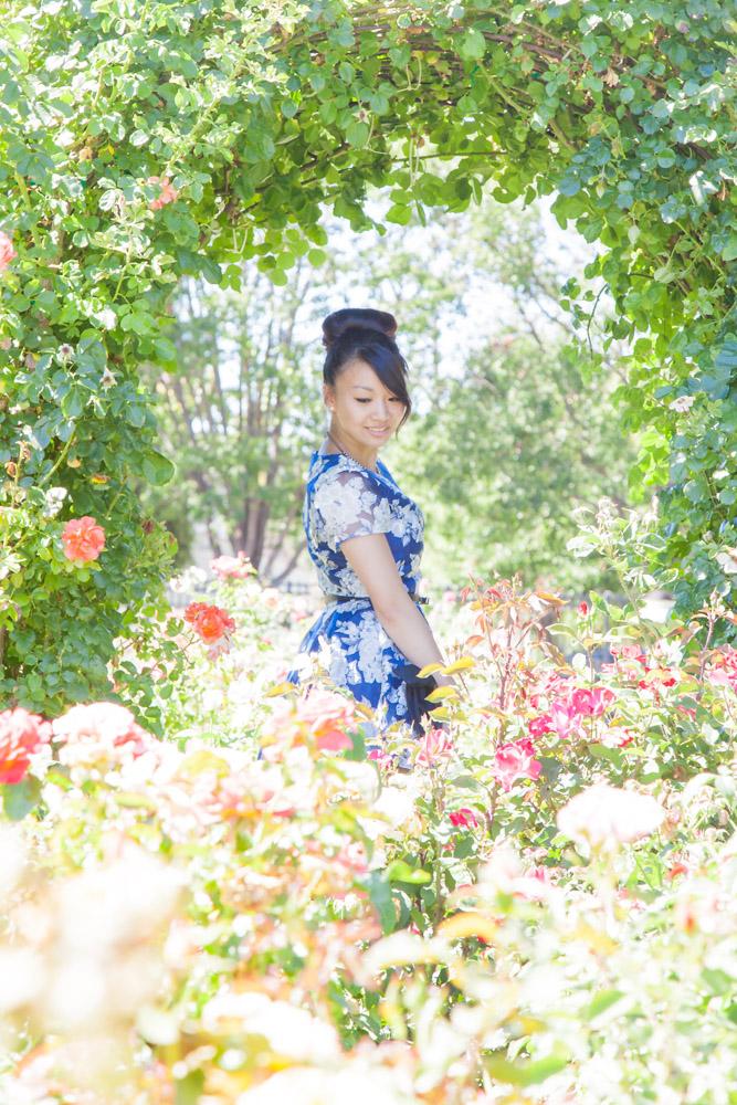04.28.16: Spring in Bloom | Navy Floral Dress & Schutz Sandals