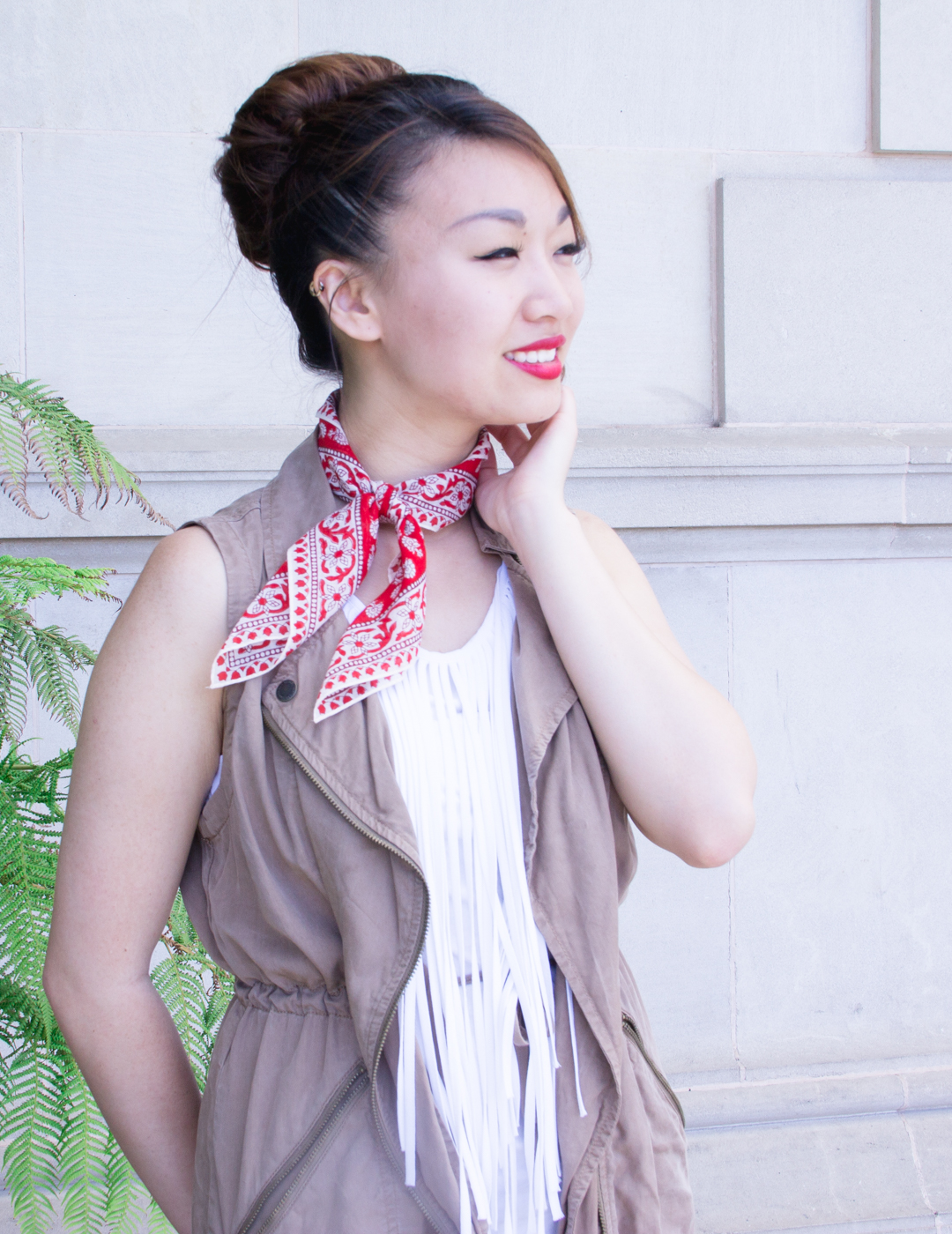 Tropical coral Madewell bandana scarf | The Chic Diary