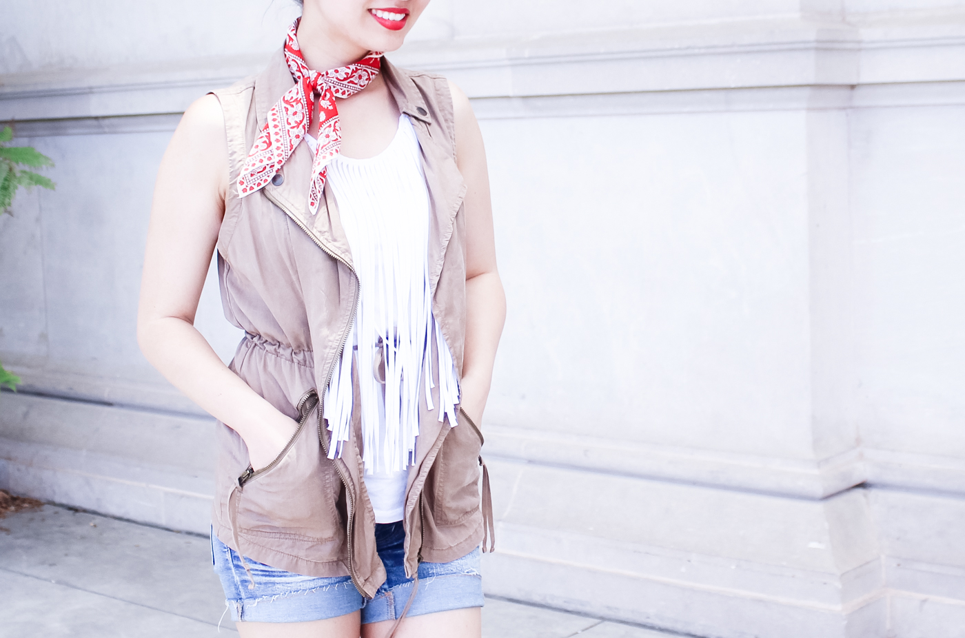 Red bandana scarf, red lips | The Chic Diary