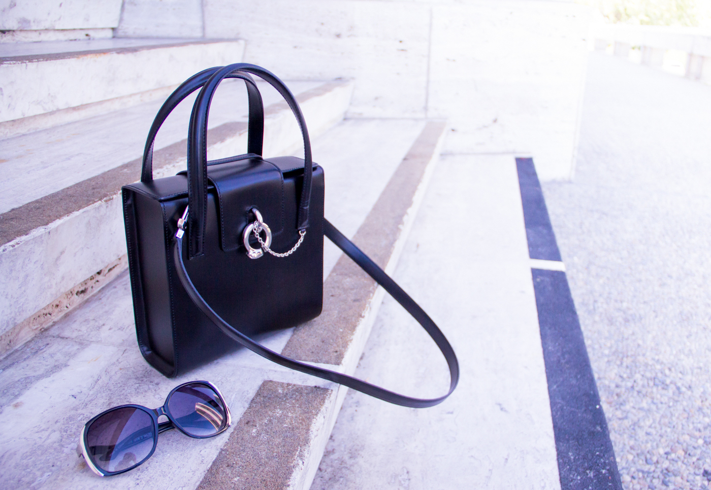 Cartier leather structured bag & Aldo sunglasses   The Chic Diary