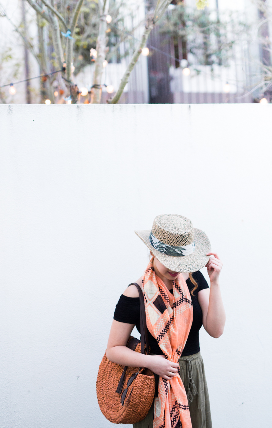 Adoring the print on this San Diego Hat Company seagrass hat | The Chic Diary