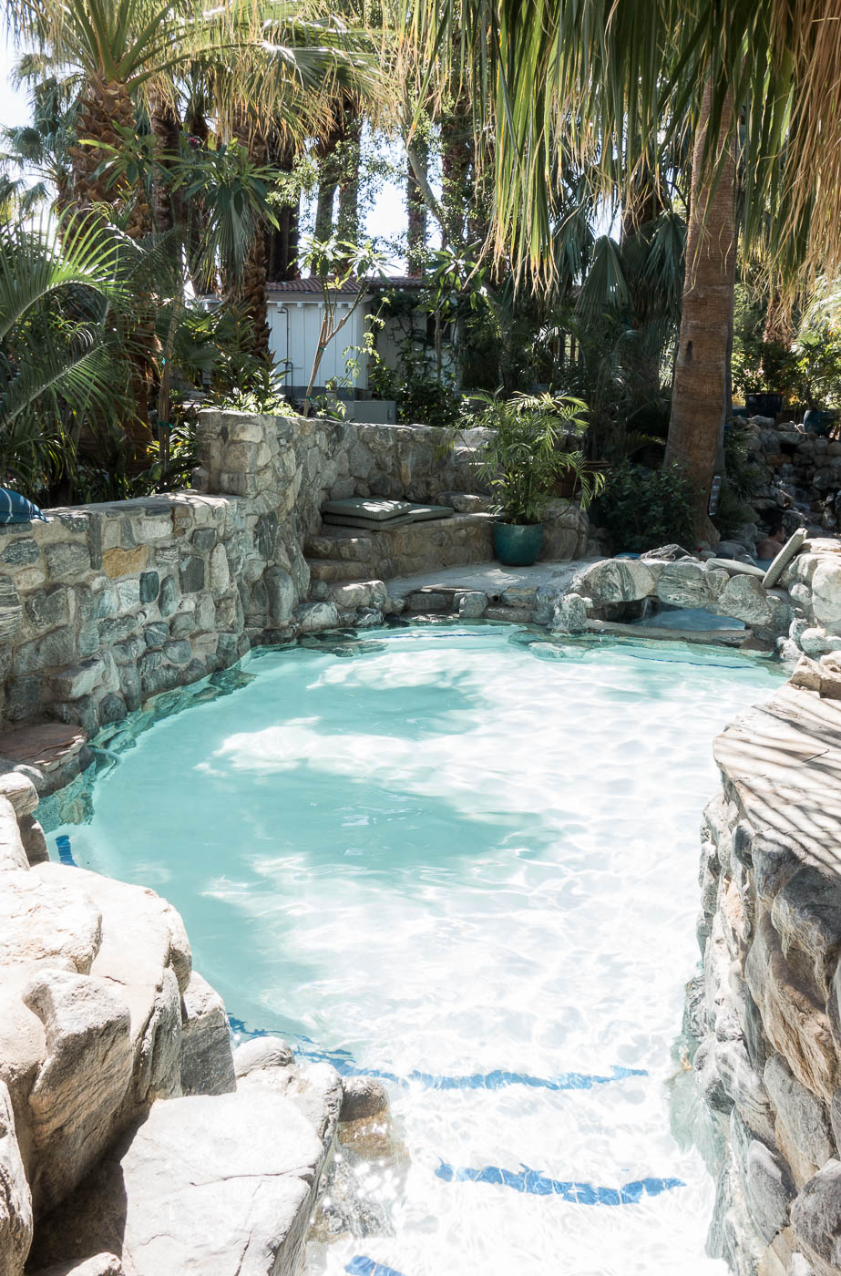 Two Bunch Palms - heated pool | The Chic Diary