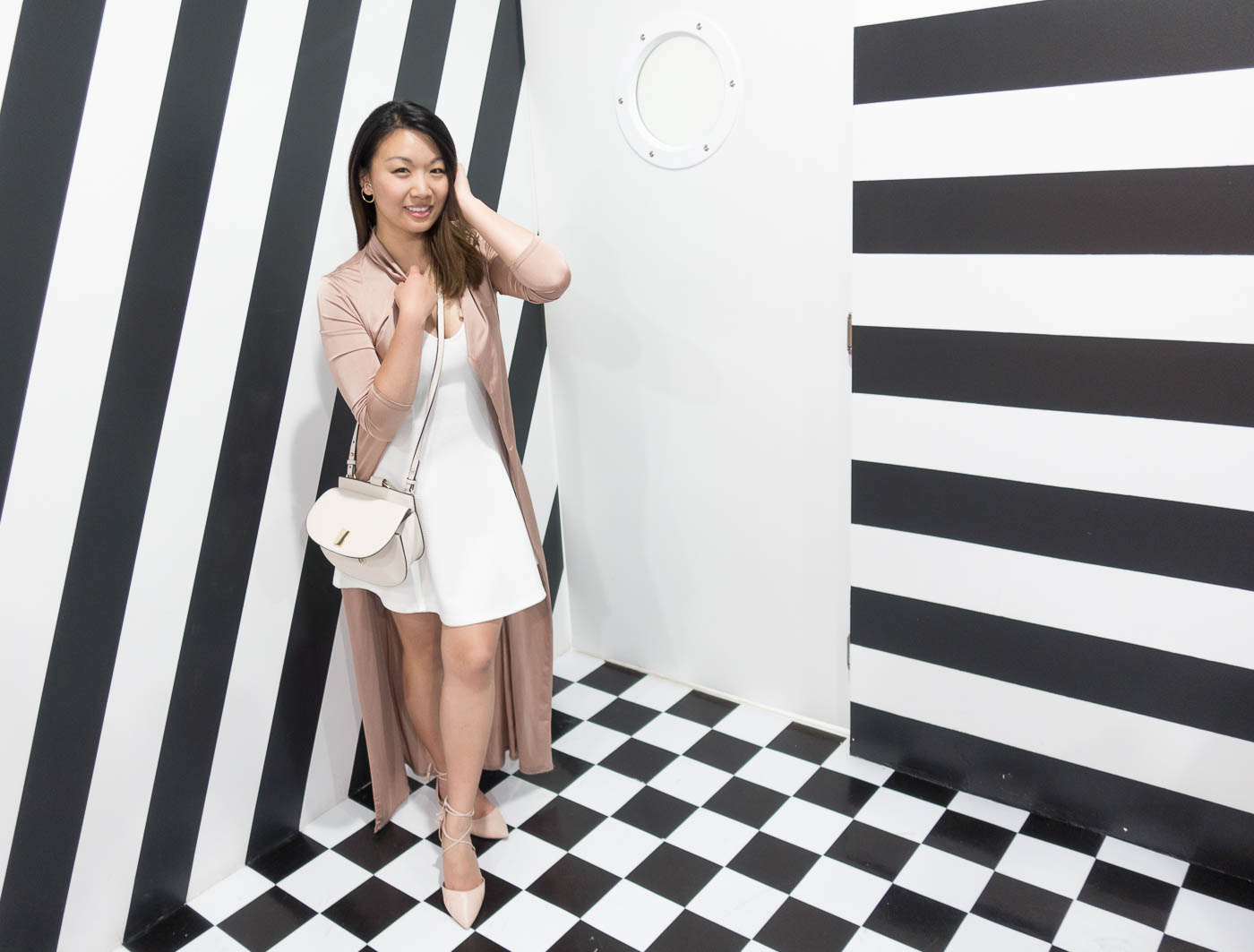 Color Factory SF - Black & White Laboratory | The Chic Diary