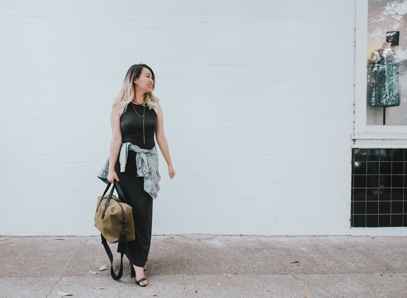 Away Travel Overnighter Bag | The Chic Diary