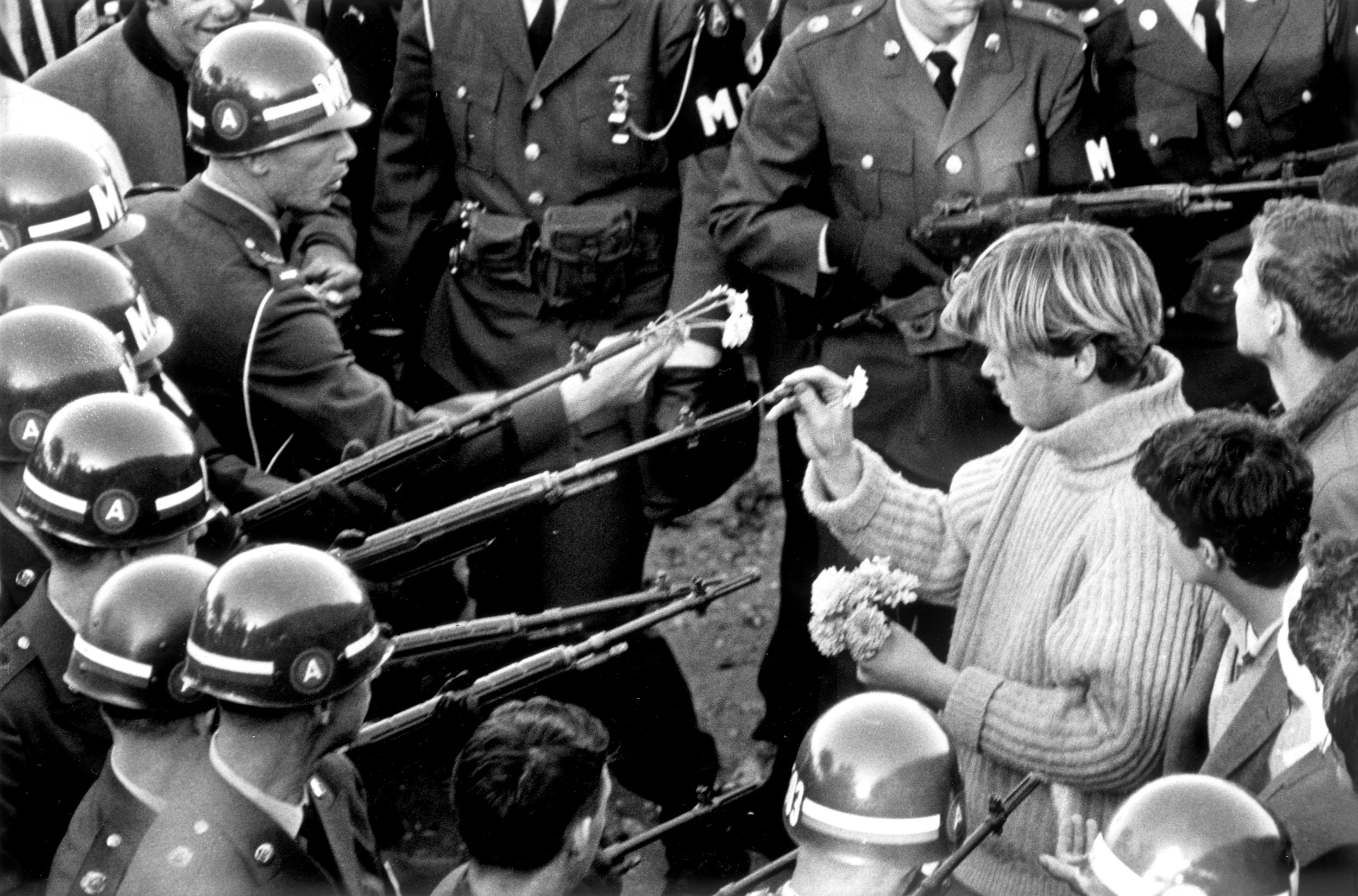 160909122356-anti-vietnam-demonstration-the-pentagon-you-say-you-want-a-revolution.jpg