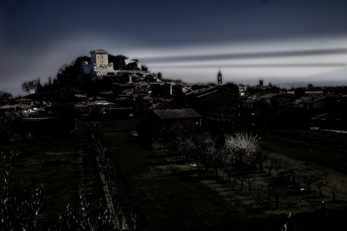 sarteano castle bld col.jpg