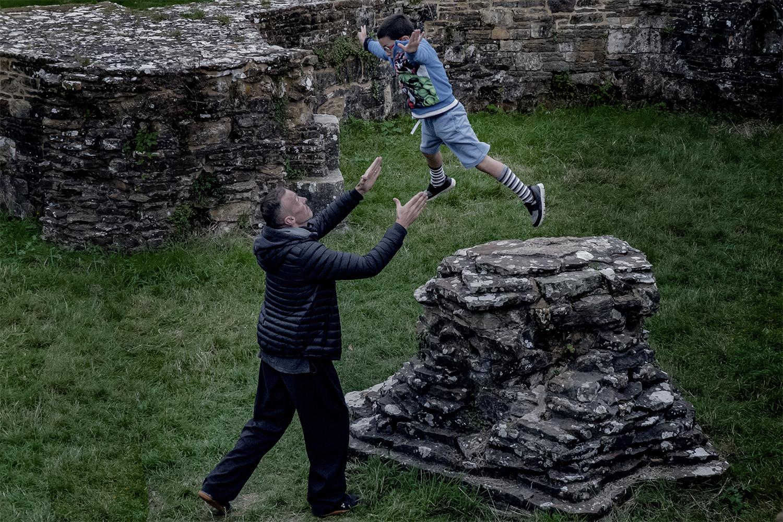 Alistair catches Zeno.jpg