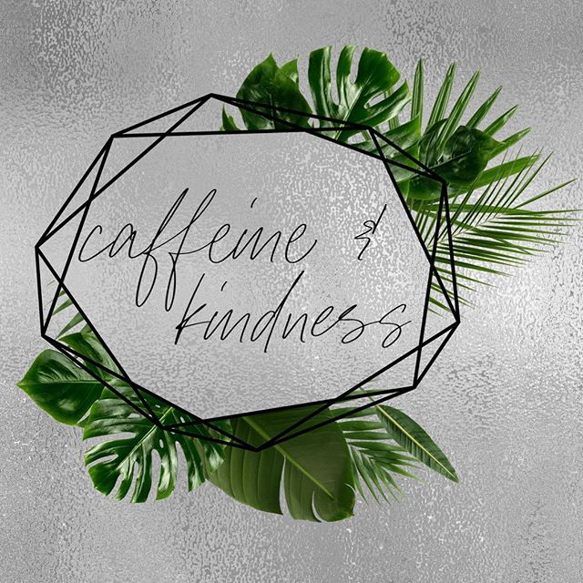 Happy Friday! #goals #hair #916 #rosevillesalon #abeillesalonroseville #rosevilleca #Abeillesalon #abeille #salon #cutscolors #hair_squad #paulmitchell #IHeartPM #MITCHTheMan #PMTingle #Awapuhi  #daymaker #inspire #love_mvmt #neonhair #RareMarula #standoutstyle #NEUROLIQUID  #MVRCK #invisiblewear