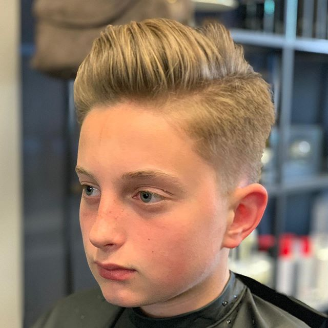 """""""Back to School"""" Summer is almost over and time to get cleaned up and prepared for school! 📓🎒✏️🖍✂️ Message or call to reserve a spot 916.784.1555  #hair #916 #rosevillesalon #abeillesalonroseville #rosevilleca #Abeillesalon #abeille #salon #cutscolors #hair_squad #paulmitchell #IHeartPM #MITCHTheMan #PMTingle #Awapuhi  #daymaker #inspire #love_mvmt #neonhair #RareMarula #standoutstyle #NEUROLIQUID  #MVRCK #invisiblewear"""