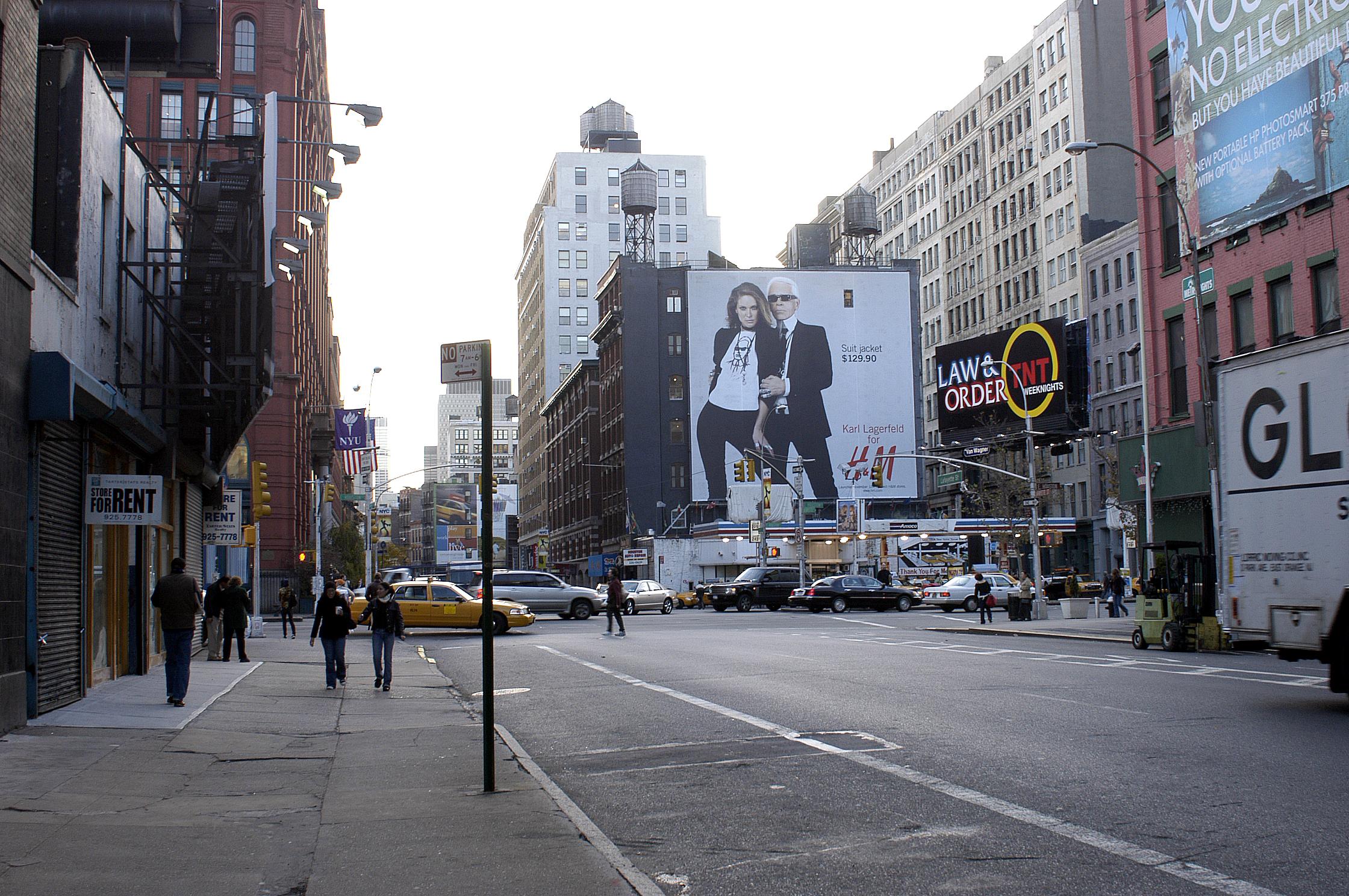 20Karl H&M sign.jpg