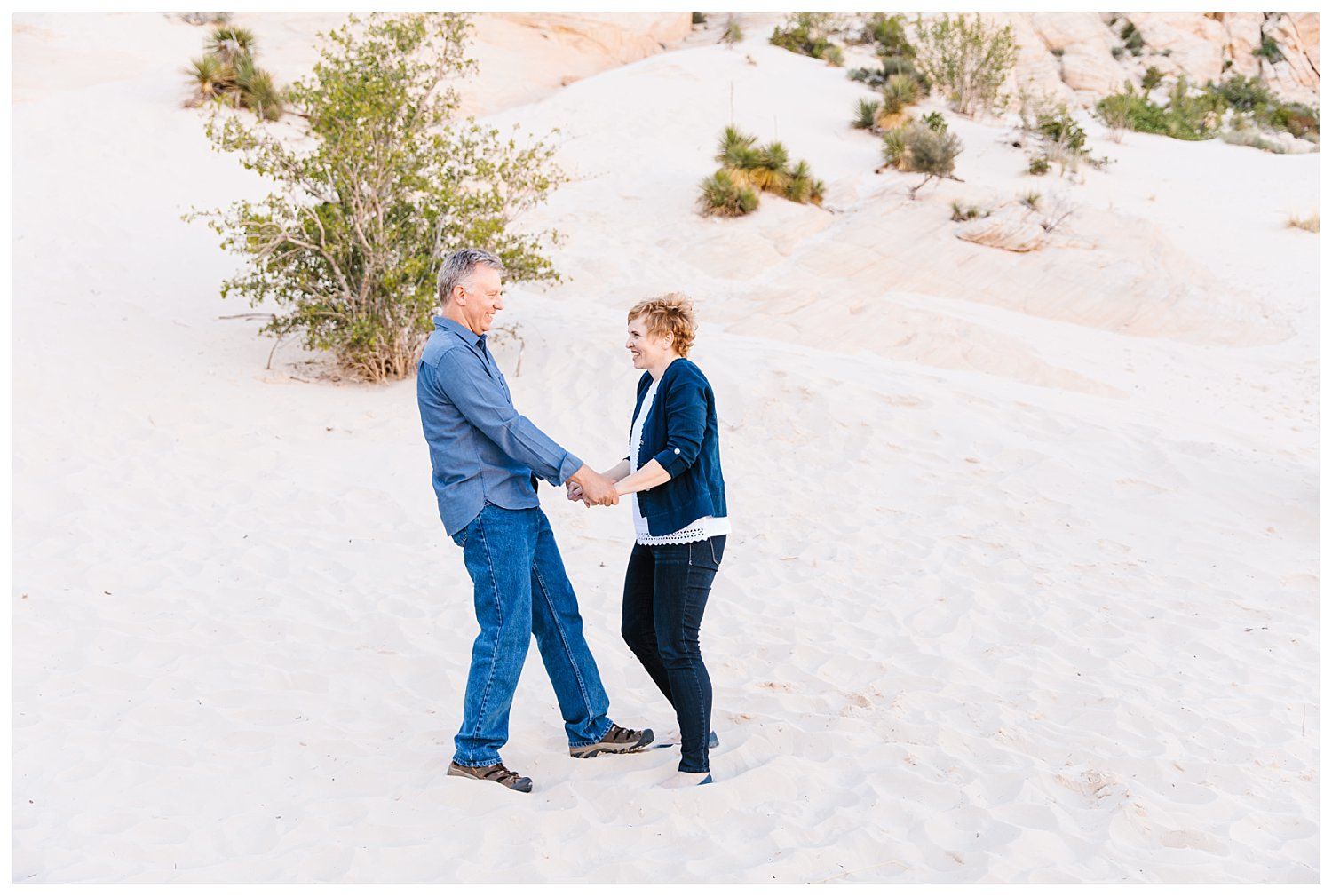 Family Session in Snow Canyon Utah | Rachel Lindsey Photography | Utah Family Photographer 15