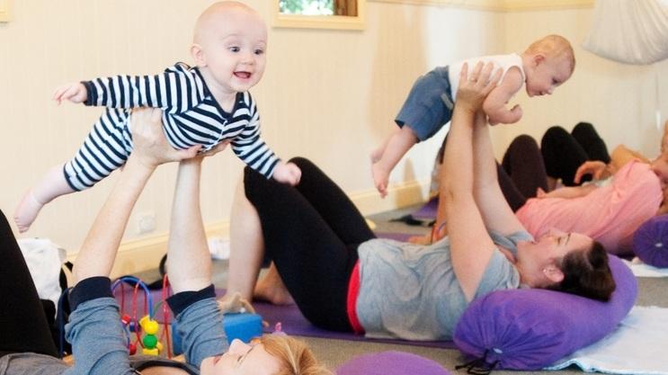 Mums & Bubs Yoga -