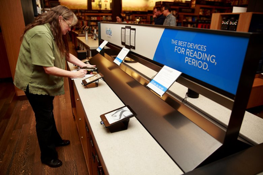 Kindles available to try in Amazon's physical bookstore