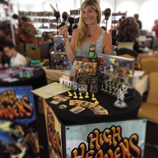 Jennifer setting up the booth at Templecon 2016.