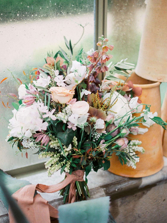 christinadavisphotography+romantic+greenhouse+jardindebuis+styledshoot07.jpg