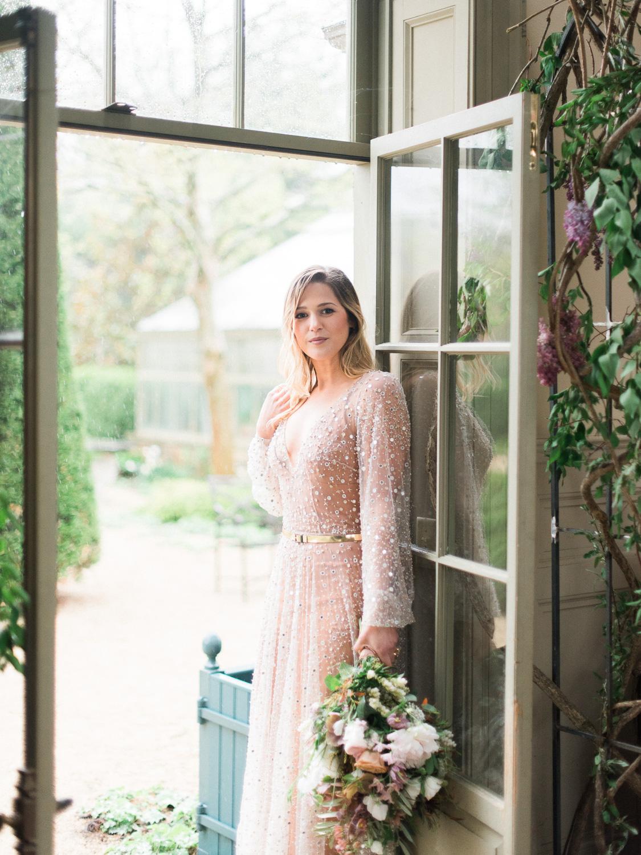 christinadavisphotography+romantic+greenhouse+jardindebuis+styledshoot41.jpg