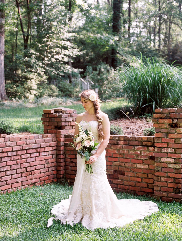 christinadavisphotography-romanticwedding-gardenweddinginspiration05.jpg