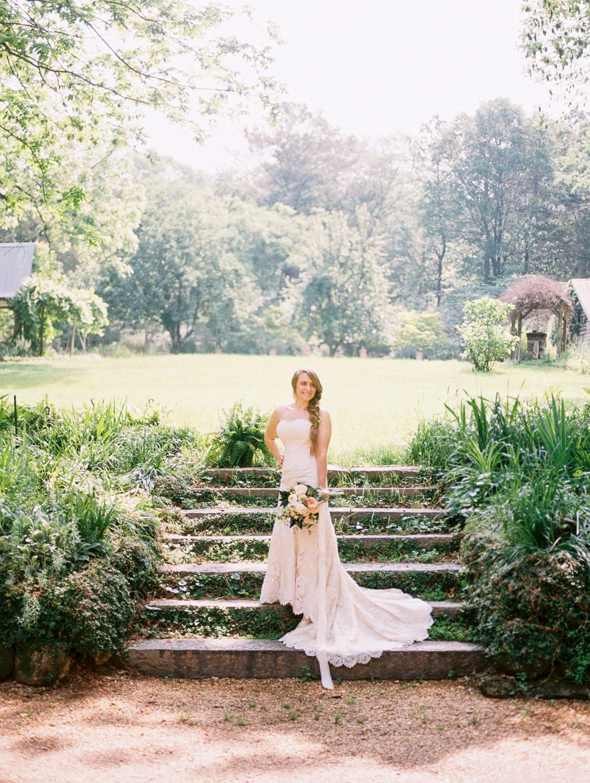 christinadavisphotography-romanticwedding-gardenweddinginspiration15.jpg
