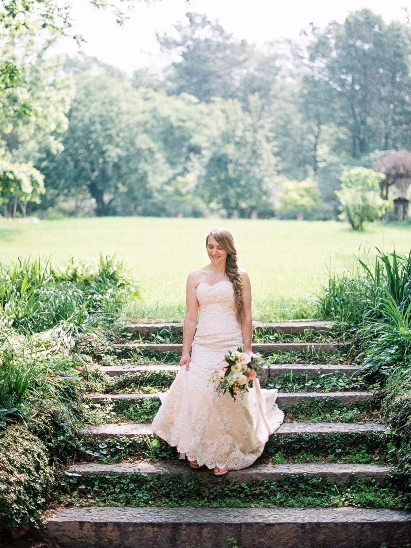 christinadavisphotography-romanticwedding-gardenweddinginspiration27.jpg