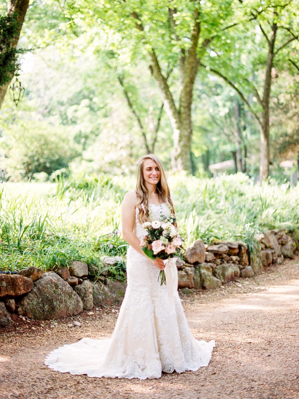 christinadavisphotography-romanticwedding-gardenweddinginspiration34.jpg
