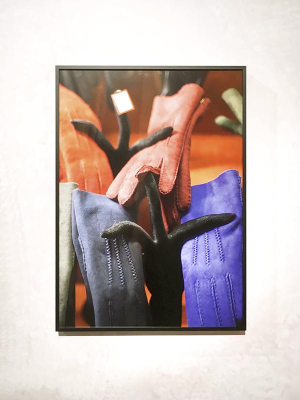 Untitled (Gloves), 2017, Archival Inkjet Print, 50 x 70 cm
