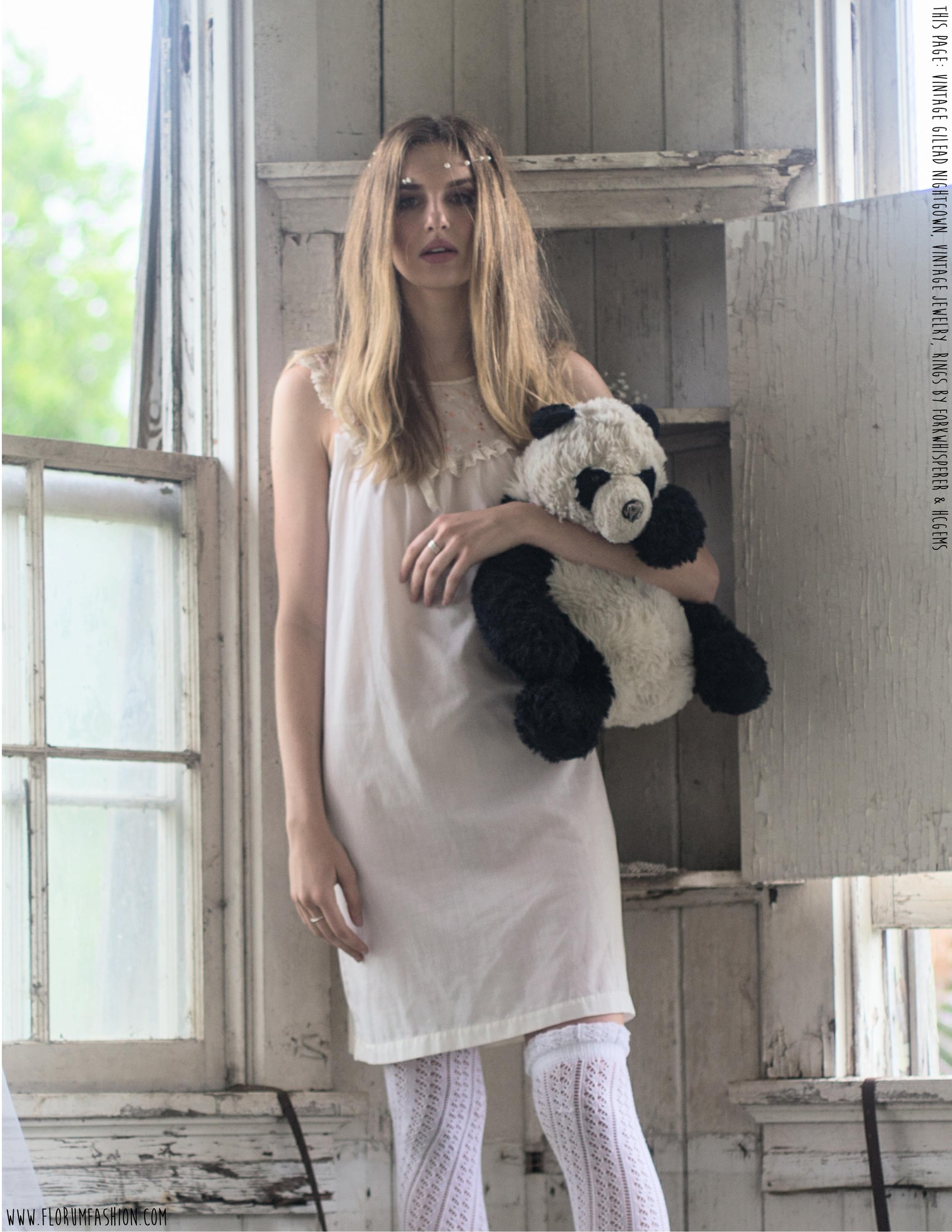 Vintage Dreams - Florum Fashion Magazine - Slow Fashion Movement - Monique Rodriguez - Grace Paulter - Urban Model Milano - Callidus Agency Dallas - Janelle Baughn - Tara Bernal Cipres