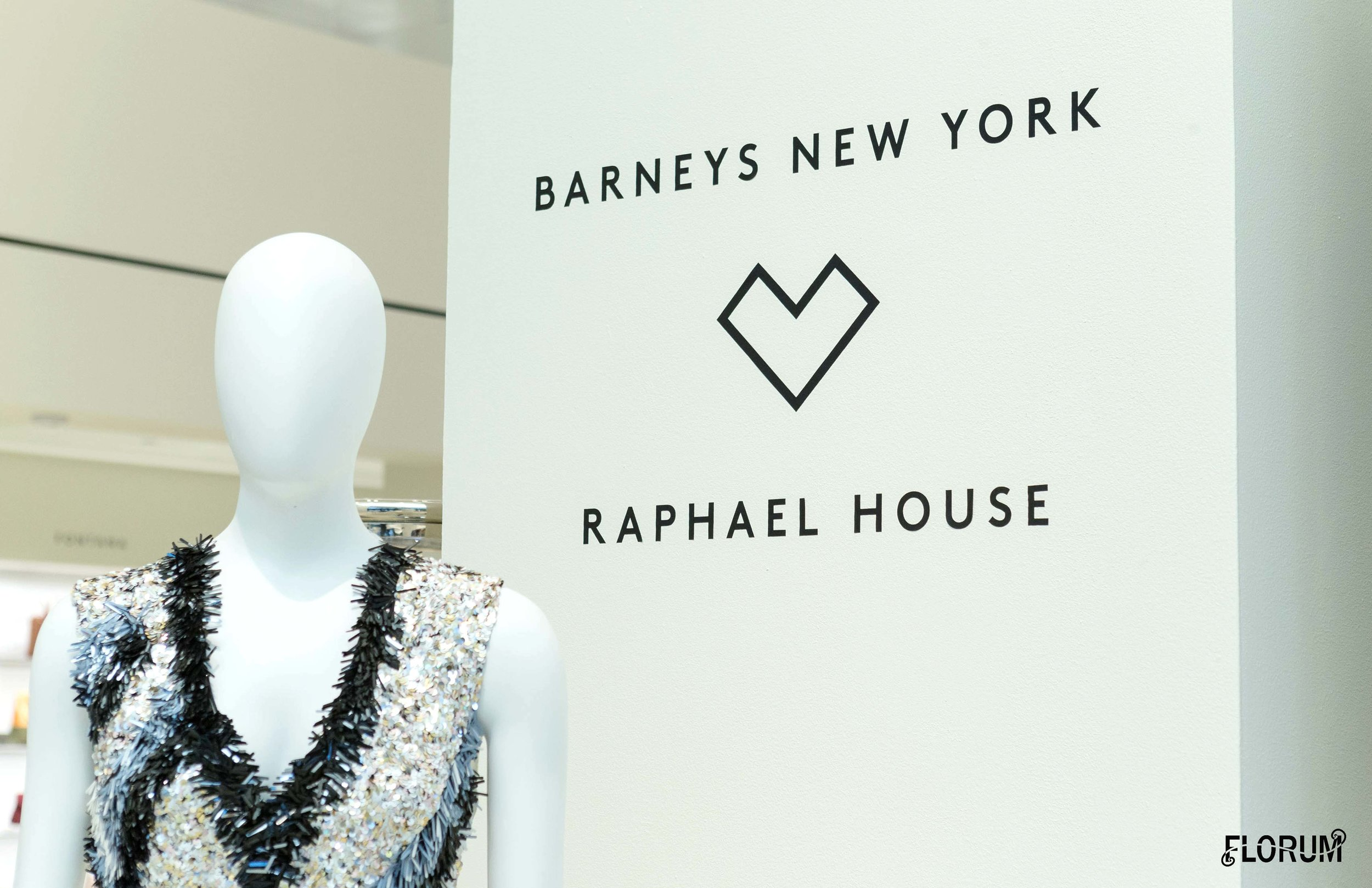 Barneys New York hosted a cocktail party and shopping event in support of Raphael House on Thursday April 5th, 2018.For the fourth year in a row, the Barneys New York Foundation hosted this annual event to support the vital work Raphael House does to help San Francisco area families achieve independence and reach a brighter futures.Launched in 2016, the Barneys New York Foundation is built around three main pillars of giving—human rights, education, and the arts   Click  HERE  to find out more about the  Barney's New York Foundation