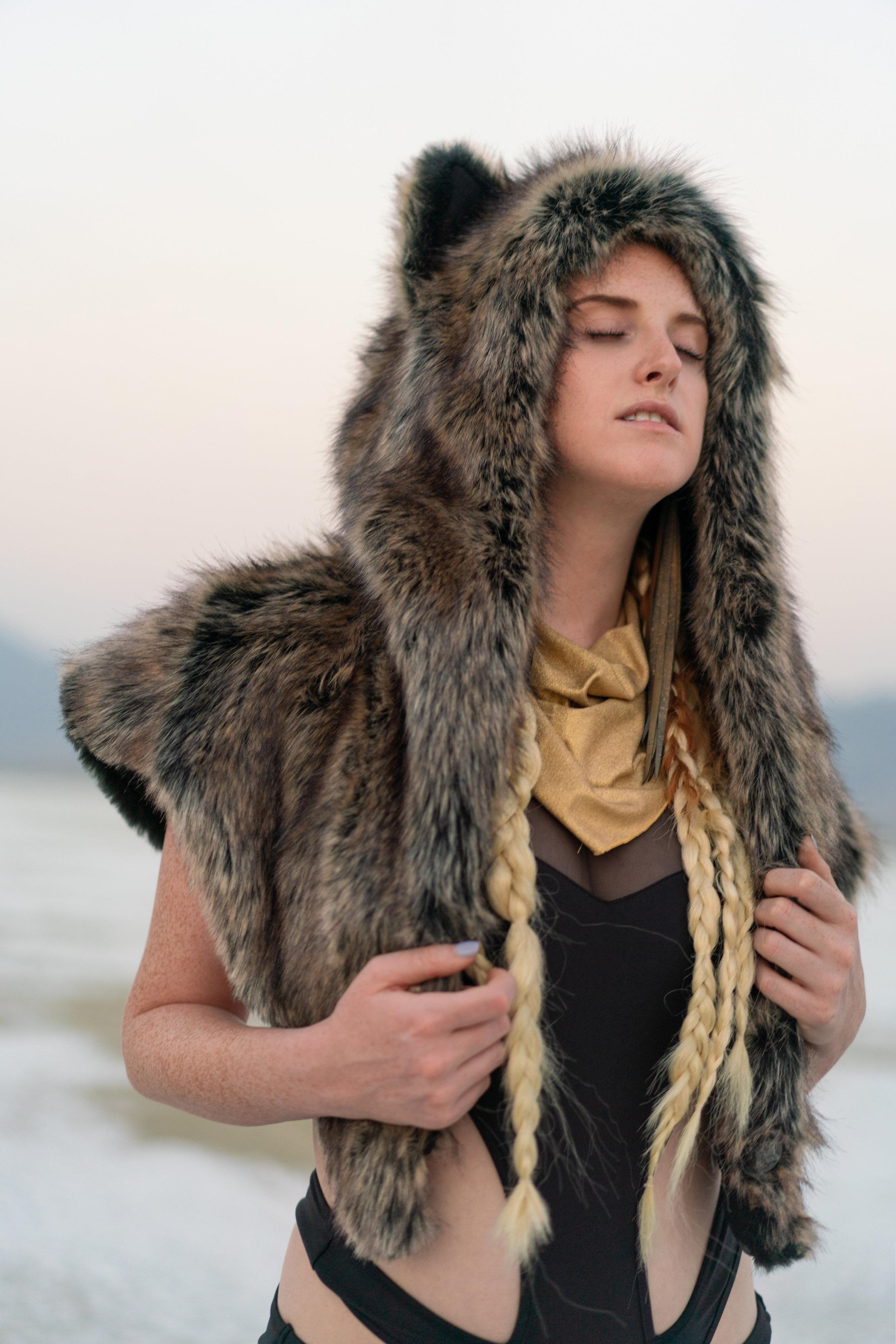 Hannah-Jo Weisberg of Hudson Artist Agency     www.HudsonArtistsAgency.com