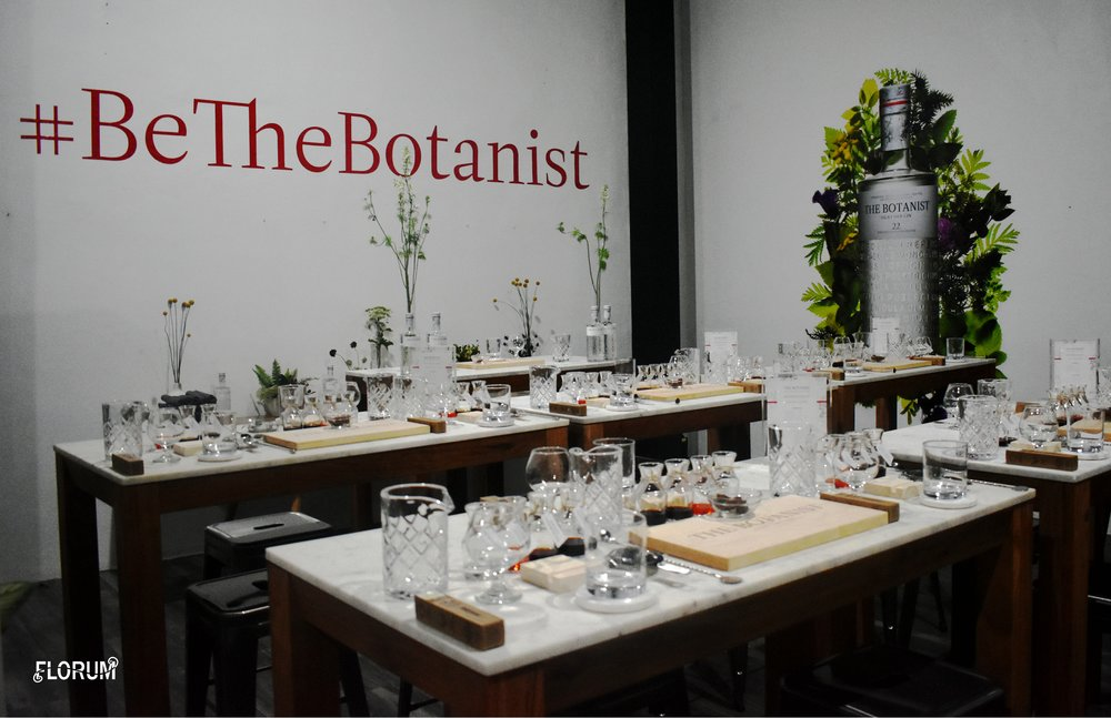 The Botanist Islay Dry Gin by Bruichladdich  created such an ambiance and immersive experience throughout the evening, that I must say that I really did feel like a botanist after the dinner and workshop.