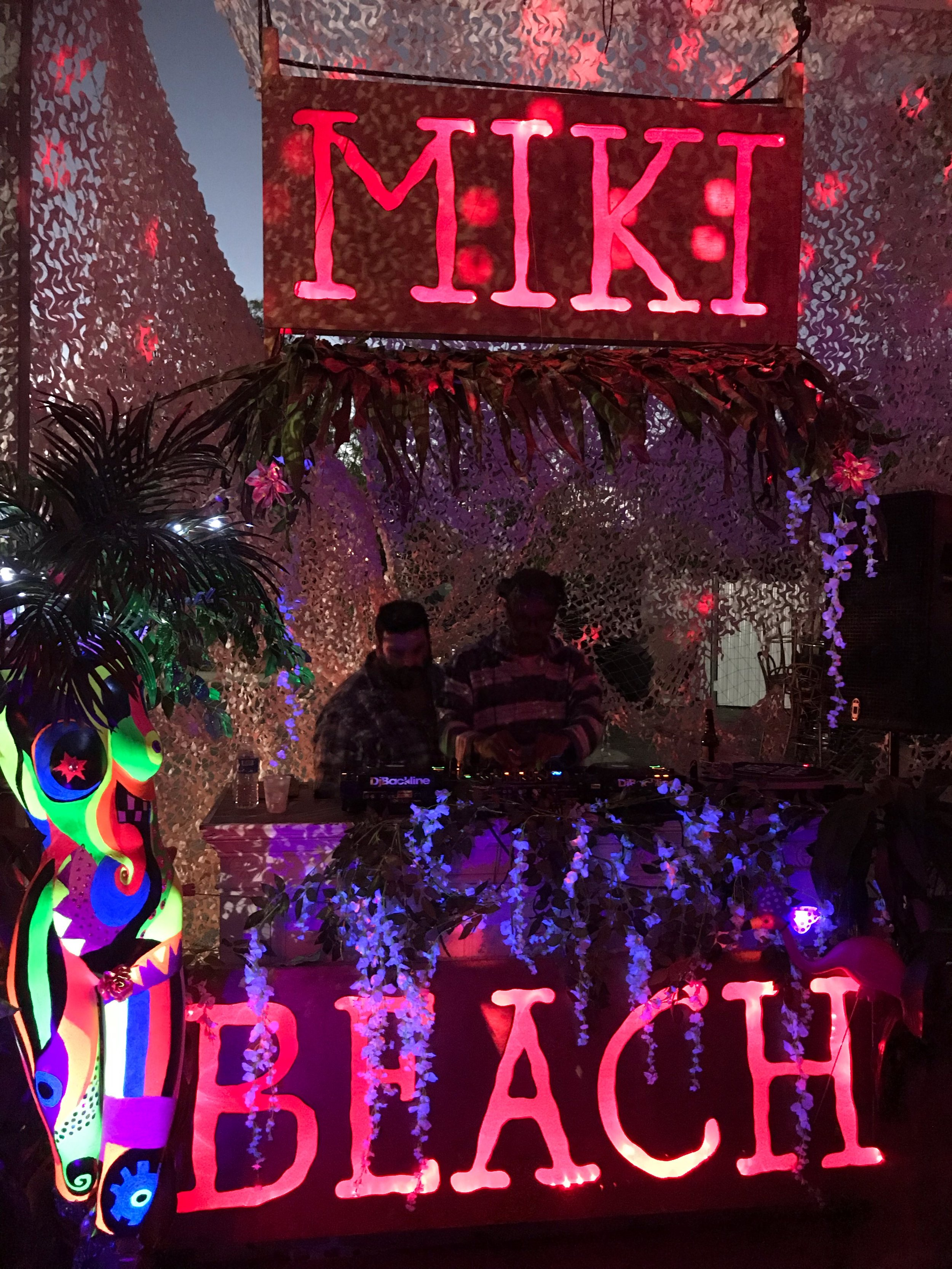 miki beach art basel 2018 florum fashion magazine burning man tara brooks