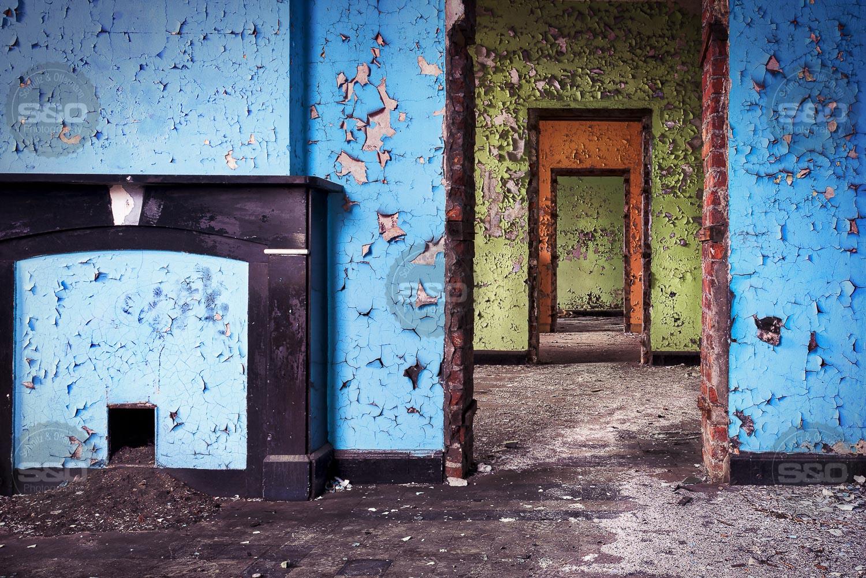 Urbex : The officers corridor / Le couloir des officiers