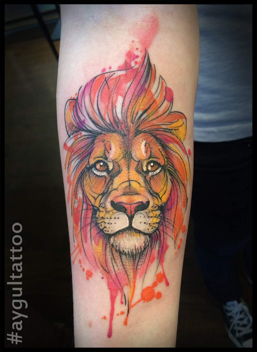 #lion #watercolor #forearm #tattoo #aygultattoo
