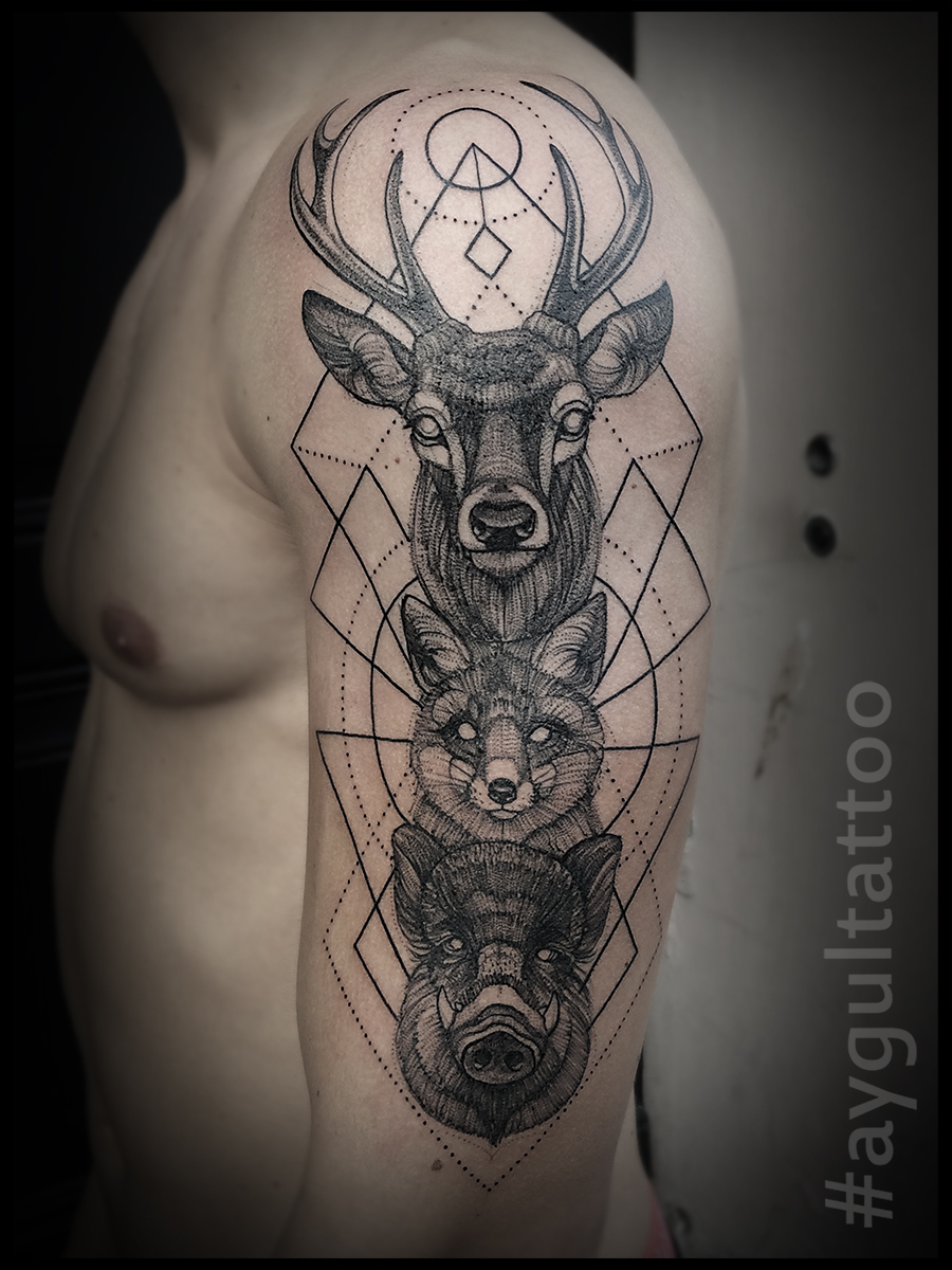 #deer #fox #wild #pig #tatem #sketchy #geometry #aygultattoo