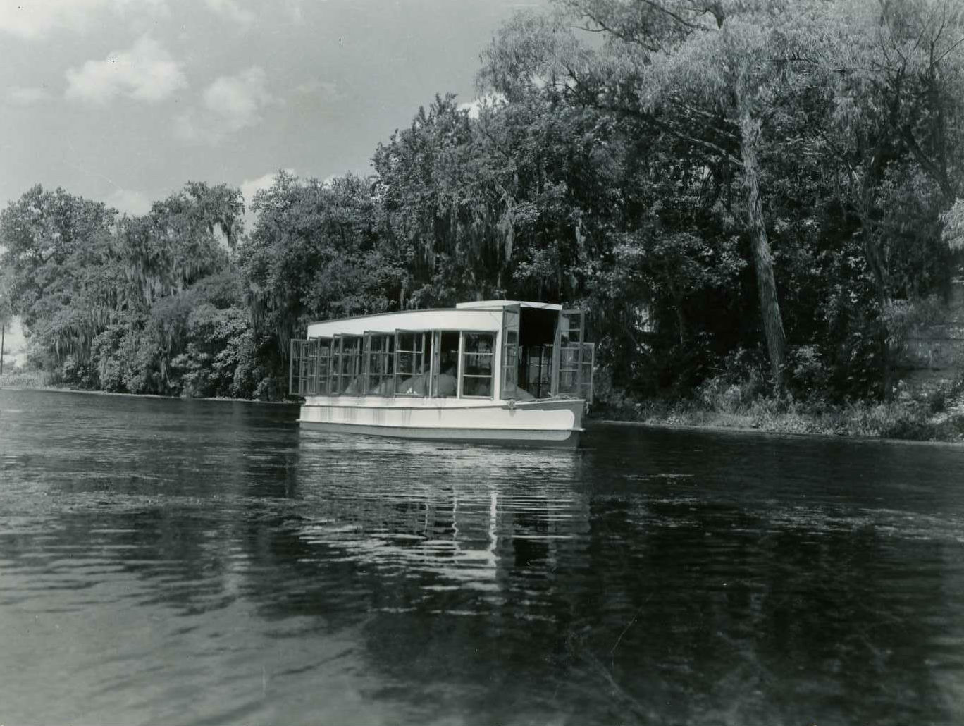 Glass bottom boat travels over spring lake at aquarena springs in san marcos texas.jpg