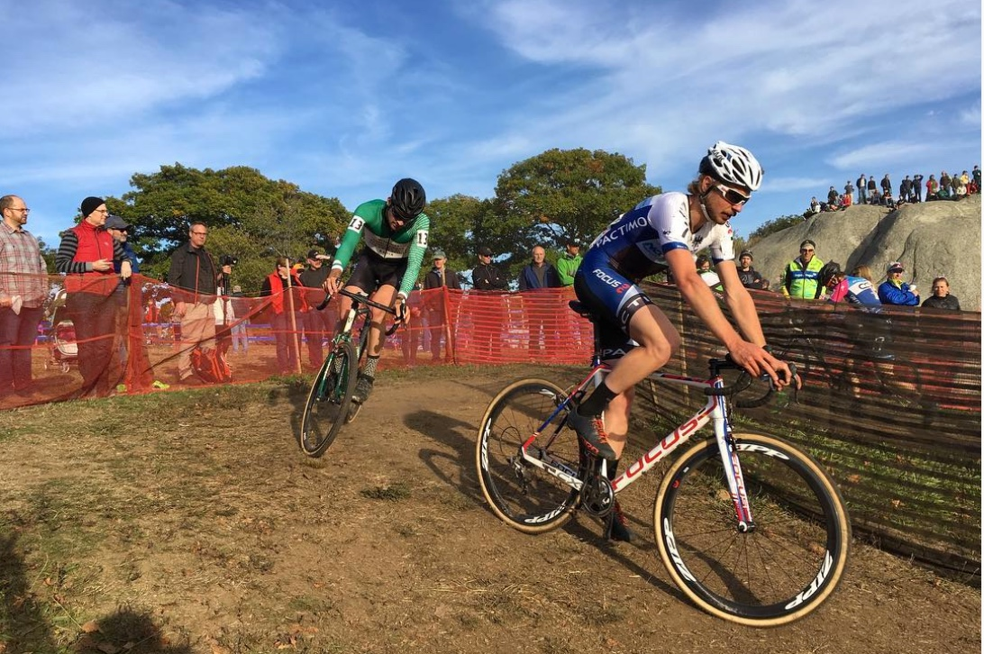Scott Smith rode a strong race on Saturday and Sunday and wowed the crowed with his bunny hops.