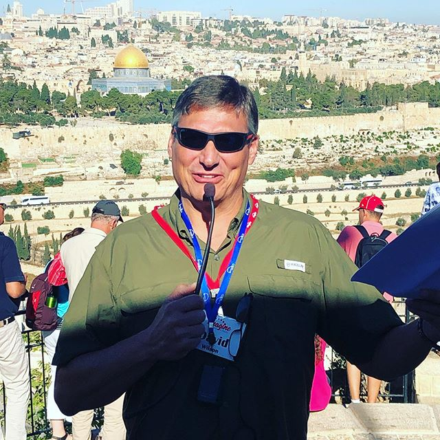 Happy birthday to this guy!! Dave Wilson celebrated a birthday this weekend 🎉 love this pic of him teaching with the Temple Mount in the background!