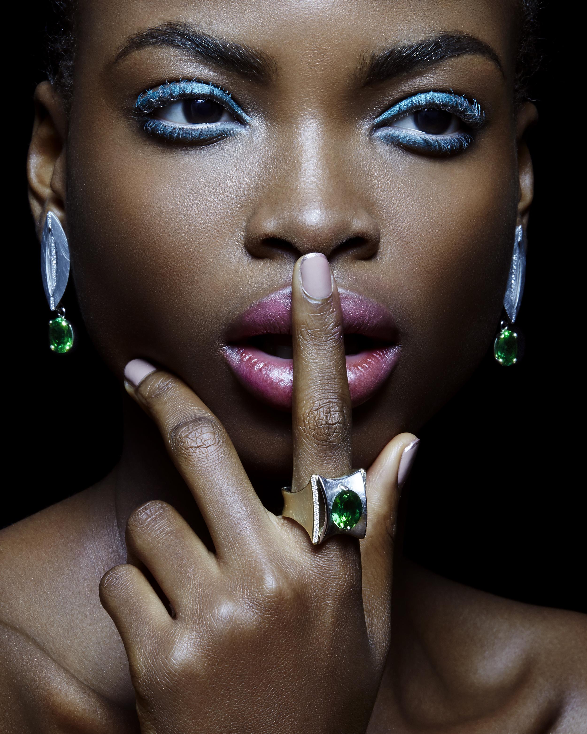 15.04.12_Nneoma_Jewelry_Look6_112_V2.jpg